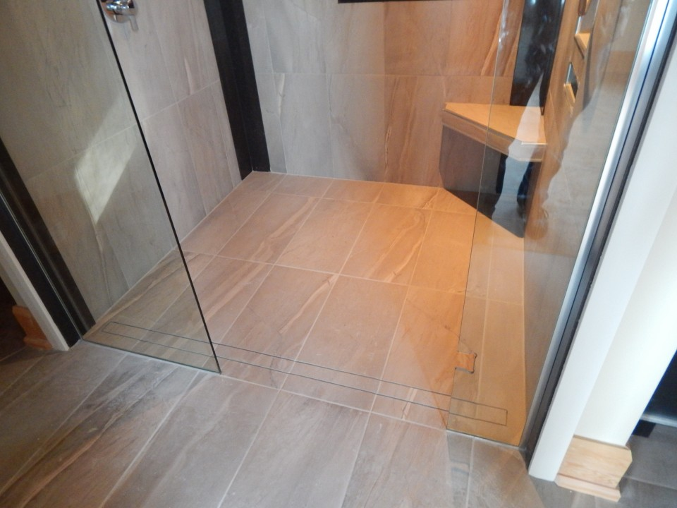 Curb-Less Walk-In Shower