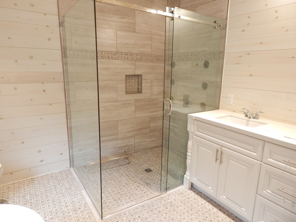 Ideal Shower for Ageing In Place in Papineau Lake Cottage